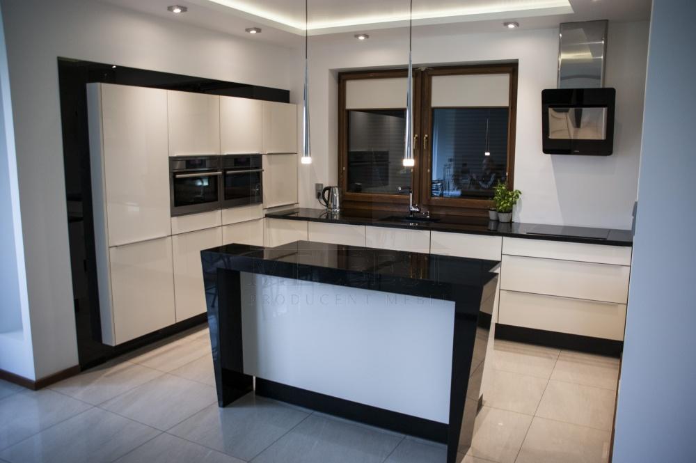 meble kuchenne szczecin stolarz melbest. Black Bedroom Furniture Sets. Home Design Ideas
