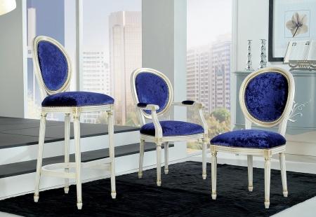 Krzesła klasyczne do jadalni w stylu angielskim