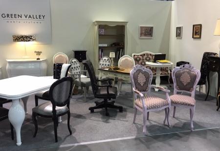 Krzesła tapicerowane do restauracji i hoteli