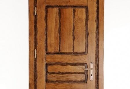 Ręcznie wykonywane drzwi w 100% z litego drewna dębowego - na wymiar.