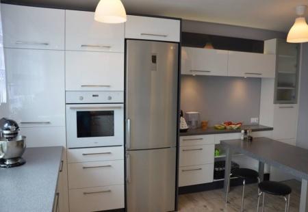 Duża biała kuchnia - meble kuchenne Częstochowa od Mebloline