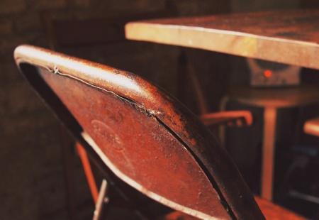 Jak odnowić stare meble, jak pomalować stare meble