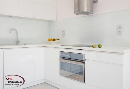 Kuchnia w stylu Białego Laboratorium od MS-Meble