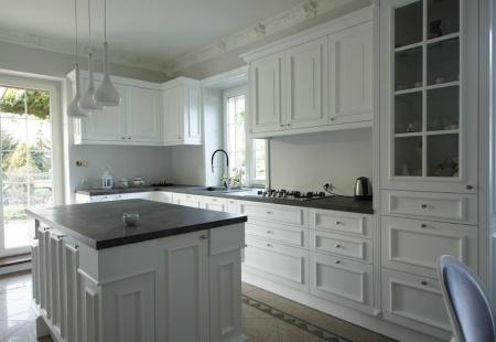 Biała stylowa kuchnia od Unique by Groch
